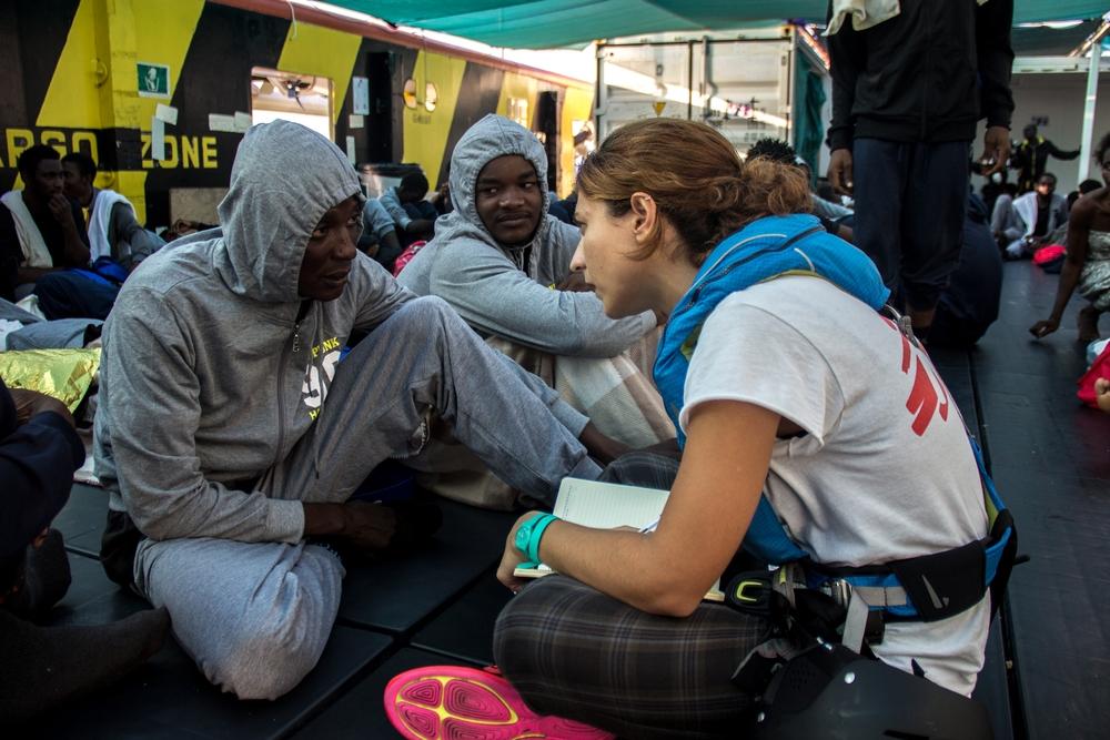 Salud mental a refugiados rescatados en el Mar Mediterráneo