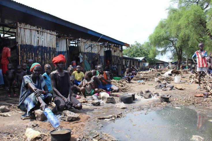 Miles de personas solicitantes de asilo de Sudán del Sur han estado atrapadas durante meses en el centro de recepción de Pagak en Etiopía, sin estar registradas y sin acceso a ningún servicio básico, especialmente ayuda alimentaria. Marzo de 2021