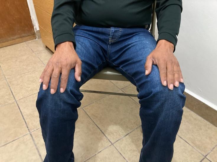 Tras 15 años trabajando en EE. UU., Guillermo regresó a México a estar con sus hijas. Tras un período breve y amenazado por el crimen organizado, Guillermo pretende regresar a EE. UU., donde viven tres de sus hijos. Por el momento, no lo ha logrado.
