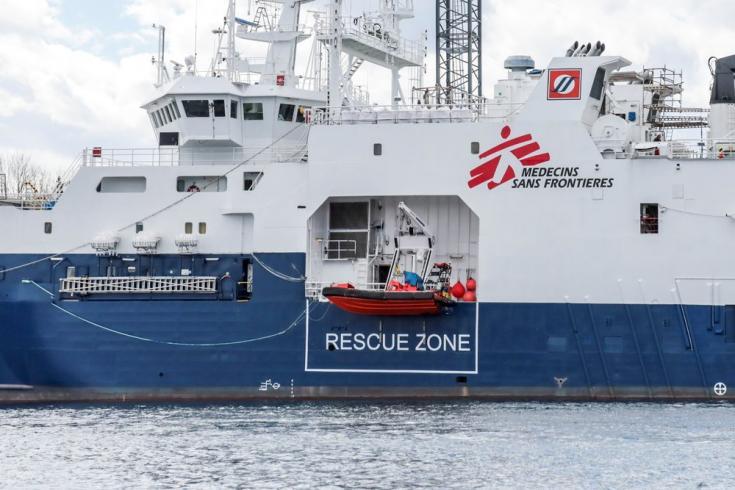 El Geo Barents cuenta con dos lanchas rápidas de rescate para las actividades de rescate. Mayo de 2021