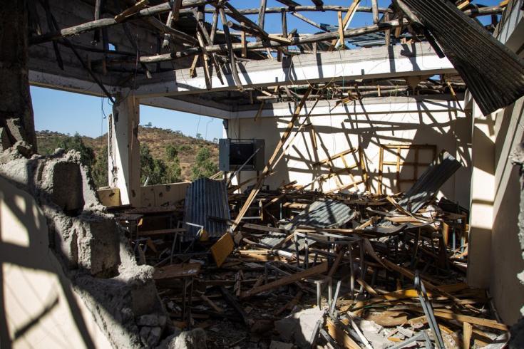 Un aula de la escuela Tsegay Berhe en Adwa, destruida al ser alcanzada por cohetes al principio del conflicto en Tigray. Marzo de 2021.