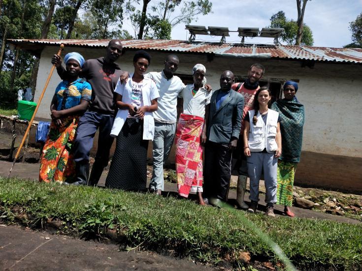 Trabajadores de MSF en el centro de salud Muliza