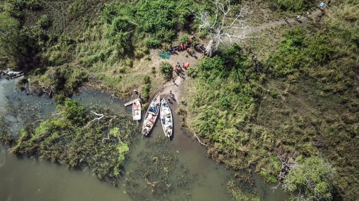 Transporte de ayuda humanitaria en Mozambique