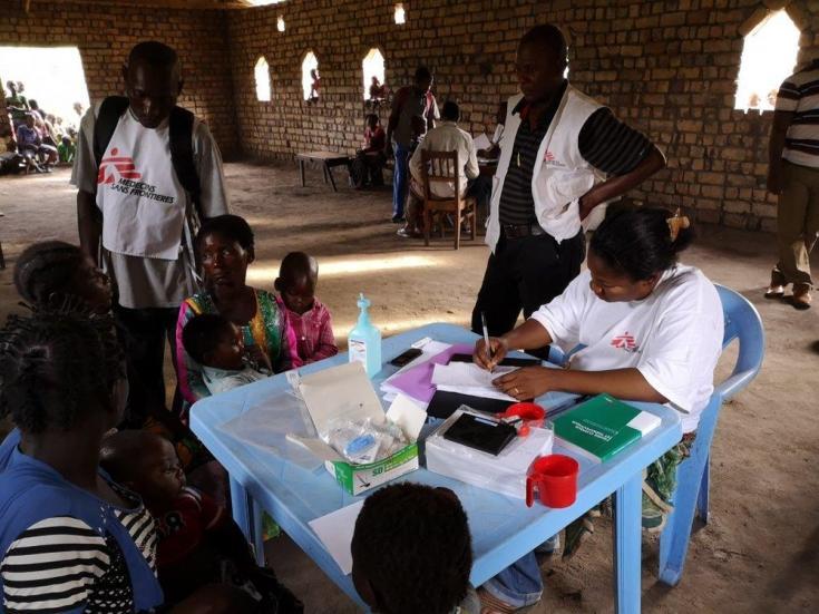 Clínica móvil de Médicos Sin Fronteras