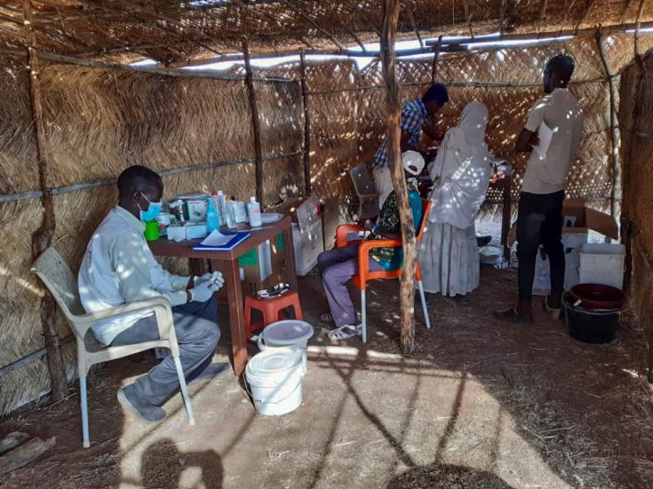 Médicos Sin Fronteras en el campamento de Um Rakuba, estado de Gedaref, Sudán.