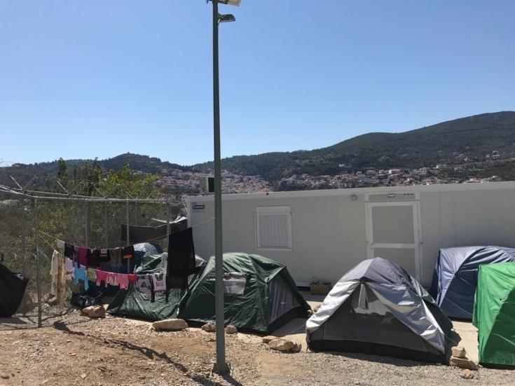 Atrapados en la isla de Samos, los solicitantes de asilo se ven obligados a vivir en condiciones extremas en el Centro de Recepción e Identificación (RIC).