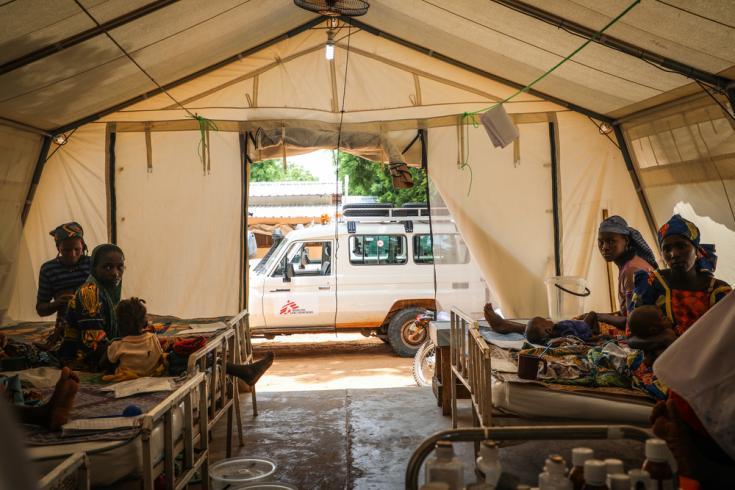 Una camioneta de Médicos Sin Fronteras en Níger.