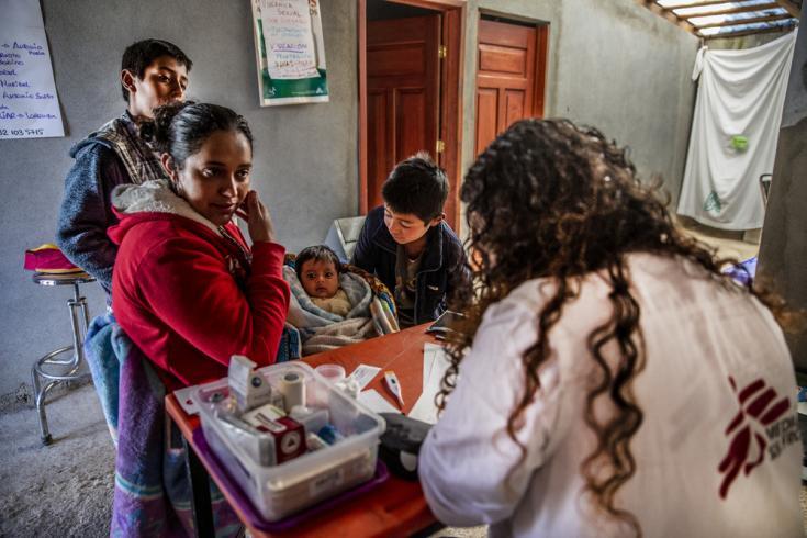 Los servicios ofrecidos en Guerrero, México, incluyen seguimiento para mujeres embarazadas y atención posparto, servicios de planificación familiar y atención psicosocial. Se presta especial atención a los sobrevivientes de violencia sexual. Foto: 2019.