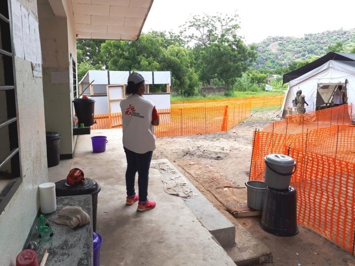 MSF ha rehabilitado tres establecimientos de salud y ha provisto a los establecimientos con equipos y capacitación.