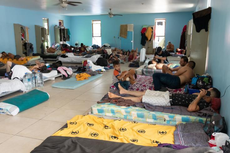 Reynosa, una ciudad en México con un alto nivel de inseguridad y sin capacidad para prestar asistencia humanitaria, se ha convertido irónicamente en un punto de tránsito forzado para miles de personas que buscan asilo en los Estados Unidos.