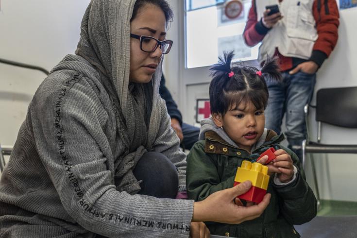 Zahra tiene solo 6 años, sufre de autismo y otros problemas mentales.