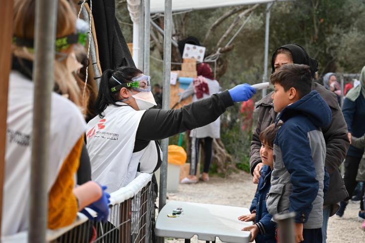 En abril adaptamos nuestras actividades en respuesta al COVID-19 dentro del campo de Moria, en Lesbos, Grecia.