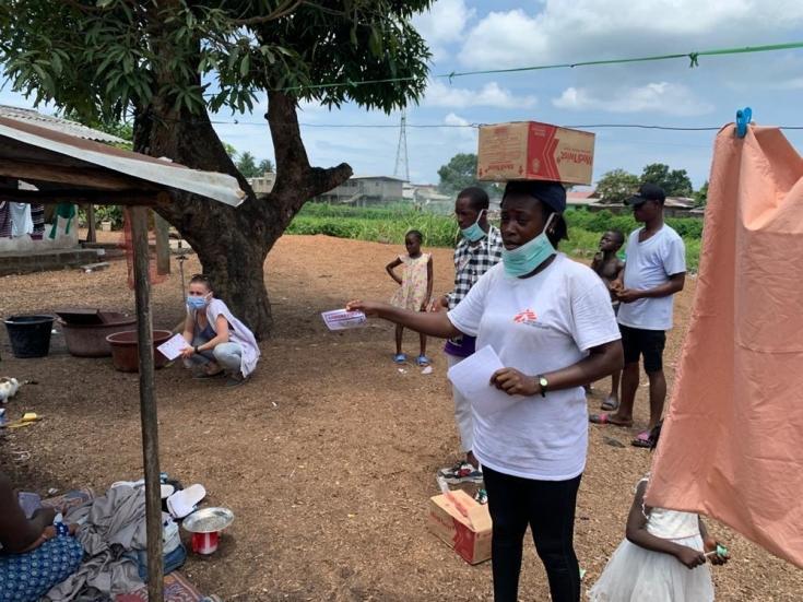 Campaña de promoción de higiene en Logan Town, Monrovia, Liberia.