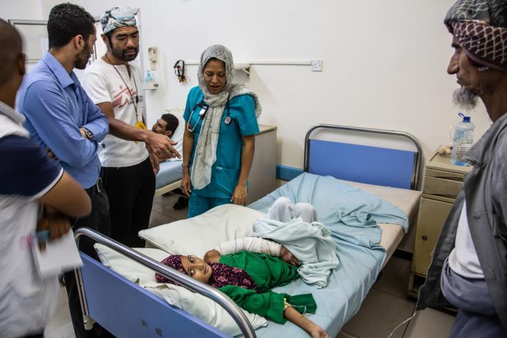 Niña herida en Yemen