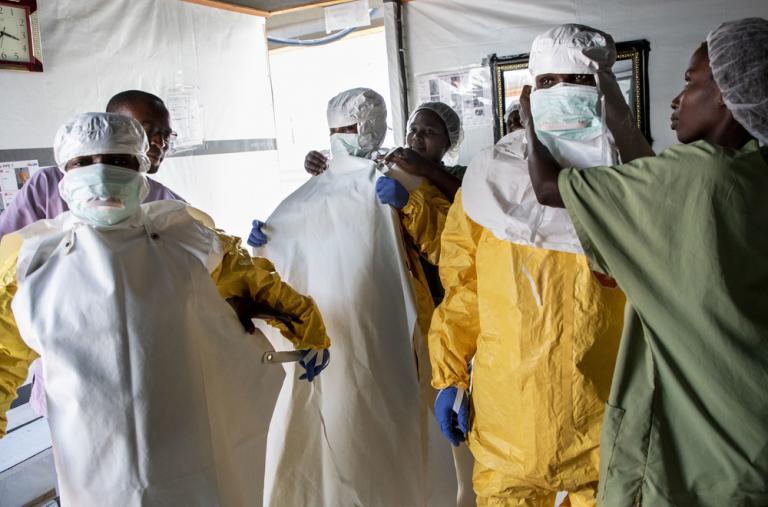 Esta es la décima y la más grave epidemia de Ébola en la República Democrática del Congo desde que se descubrió el virus en 1976, cerca del río Ébola, en una región que en aquel entonces se llamaba 'Zaire'.