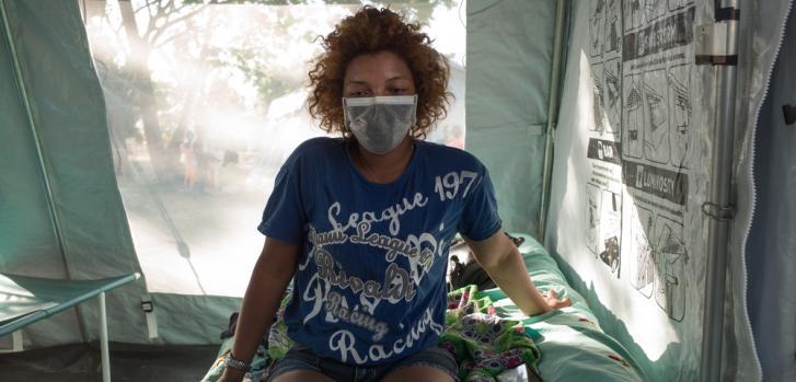 Melle Marie Florencia, 22 años - Fue diagnosticada con la peste y fue admitida al centro de salud el 17 de octubre. tTendrá que quedarse dentro en la instalación hasta el 24 de octubre, para luego poder continuar con su tratamiento. ©RIJASOLO