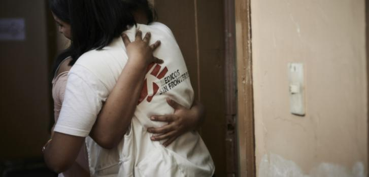 Natali y Katerine sufrieron violencia sexual por parte de su abuelo, que ya está en la cárcel. Las jóvenes y su madre han recibido un tratamiento psicológico que las ayudó mucho a superar el trauma de esta situación.