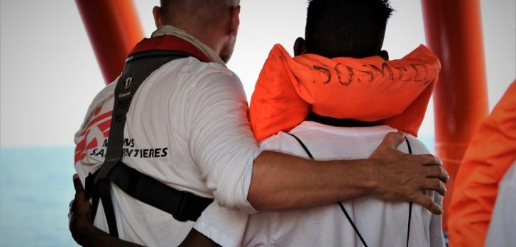 Las personas rescatadas han sufrido, y continúan sufriendo, un trauma psicológico muy grande. Esta es actualmente la emergencia más importante y la prioridad absoluta para las personas que tenemos a bordo.