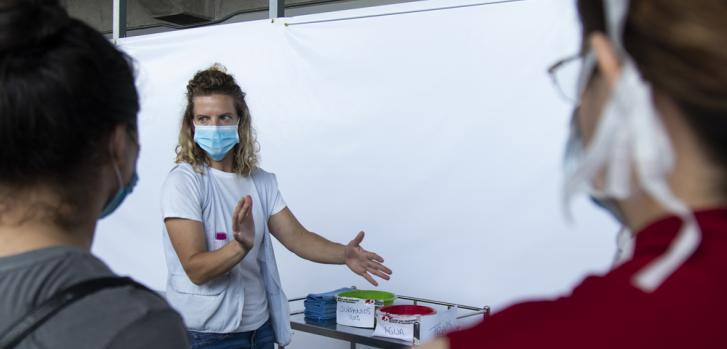 Parte del equipo de Médicos Sin Fronteras en un entrenamiento antes de abrir el centro de COVID-19 en Tegucigalpa, Honduras.