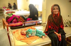 Conflicto en Yemen impacta en la salud de madres e hijos