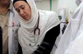 Mariela Carrara, médica emergencista, en el hospital de Al-Jumhori de Saada, Yemen, 2016. © MSF