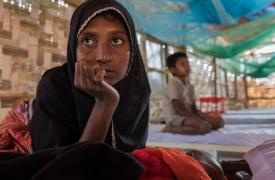 Humaira fue encontrada conmocionada, estaba deshidratada y débil. © Anna Surinyach
