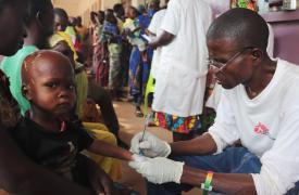 Atención médica para niños en República Centroafricana