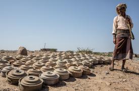 Minas terrestres desactivadas en Yemen.