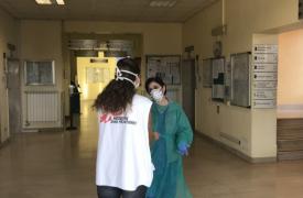 Hospital de Codogno, provincia de Lodi. Carlotta, una enfermera que lleva 10 años de trabajo con MSF, es la coordinadora de proyecto en Codogno. Su prioridad es proteger al personal del hospital.